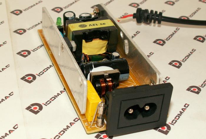 Как устроен блок питания для светодиодной ленты?