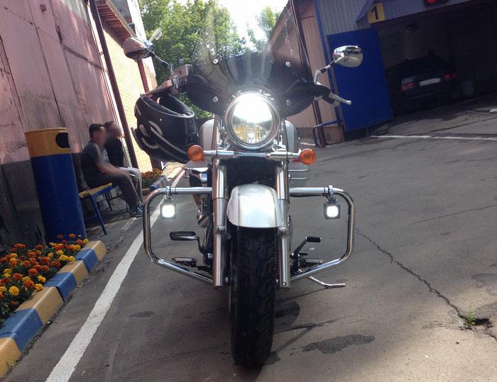 Установка светодиодов на мотоцикл дорожного типа